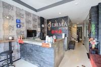 OYO 75321 Gemma Patong