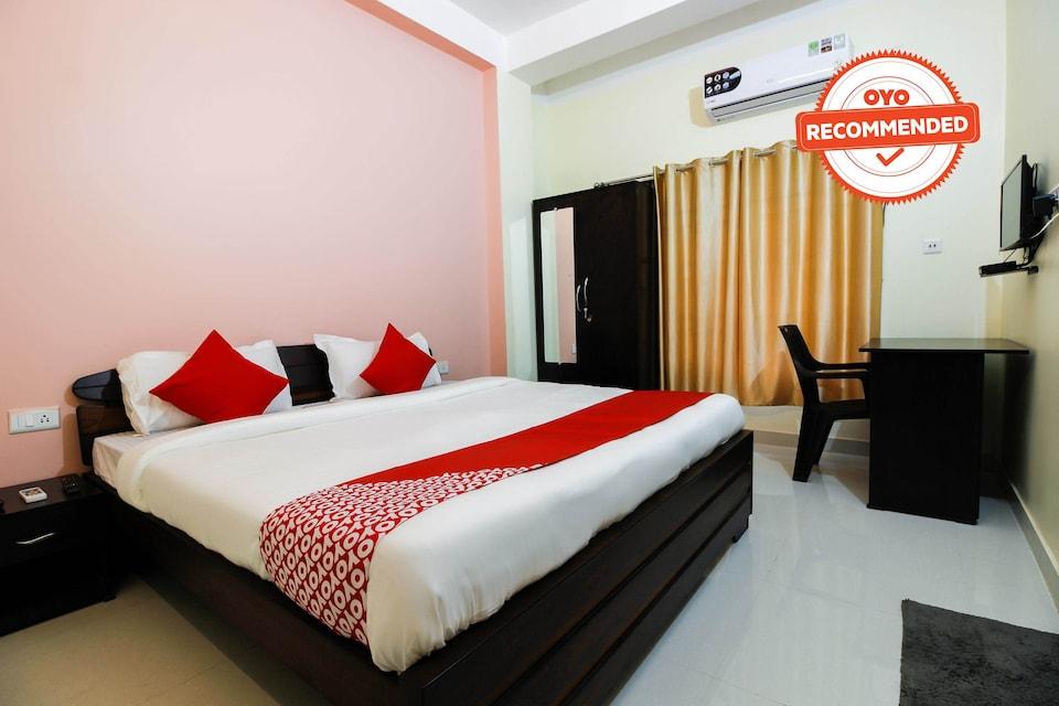 Collection O 36138 Aditya Guest House 1