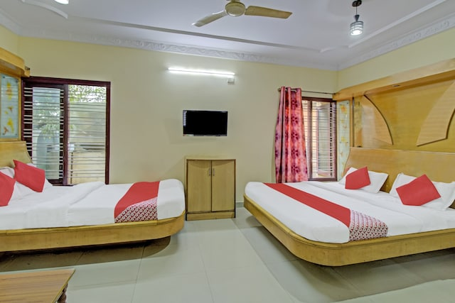OYO 75449 Aishwarya Luxury Rooms