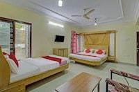 OYO 75449 Aishwarya Luxury Rooms