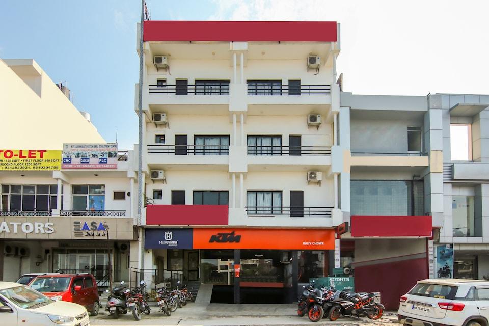 OYO Flagship 75485 Hotel Dream View