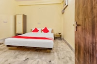 OYO Flagship 30703 Hotel Golden Coin Sector 17 Near Delhi Technical University