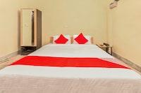 OYO Flagship 30703 Hotel Golden Coin Sector 17 Near Delhi Technical University