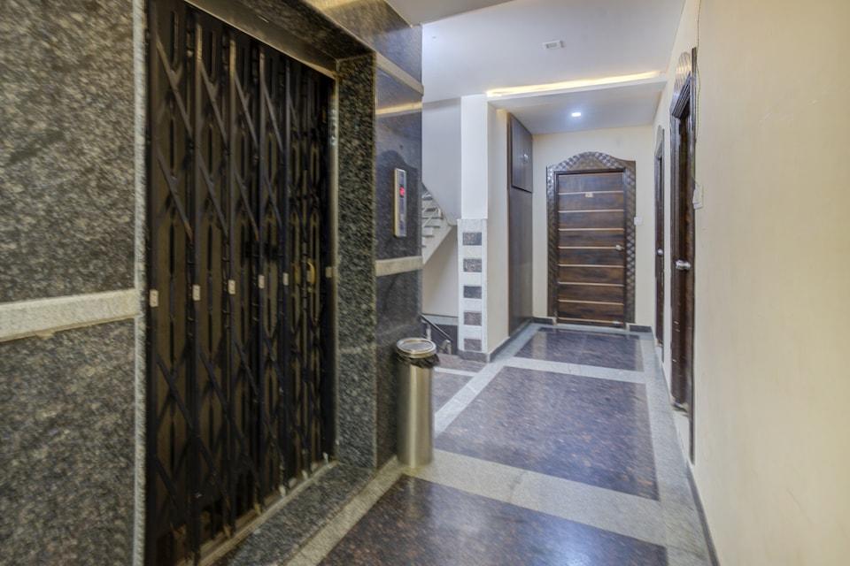 CAPITAL O75502 Hotel Asian International , Abids-Nampally, Hyderabad