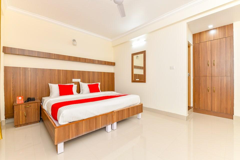 OYO Flagship 30720 Hotel Grand Casa