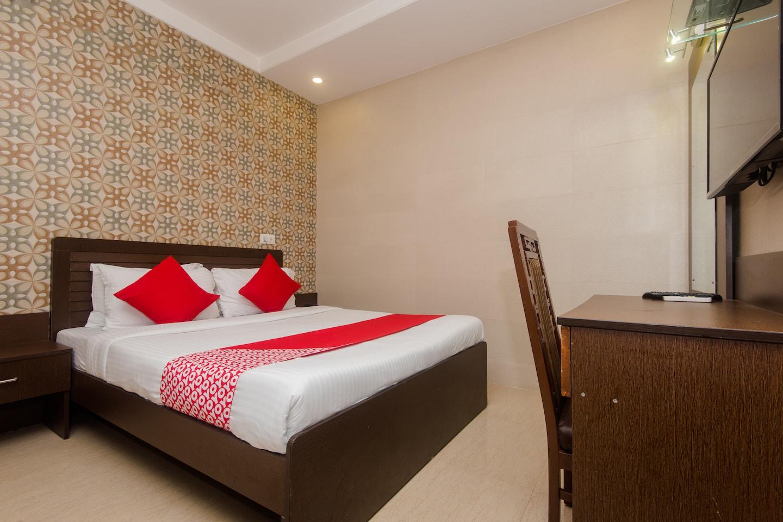 OYO 6371 Hotel Abrol -1