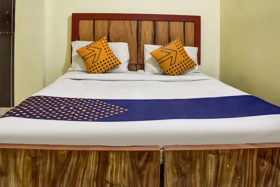 SPOT ON 75610 Hotel Aditya Residency , Tatibandh Road, Raipur