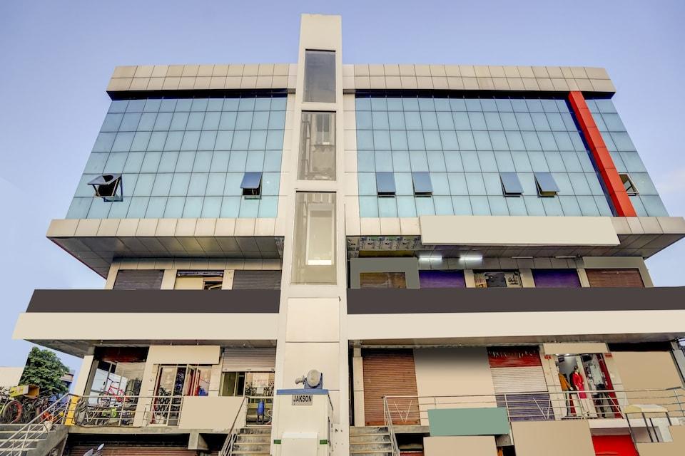 CAPITAL O75629 Hotel Krishna, Meerut, Meerut
