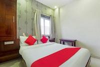 OYO 75659 Hotel M