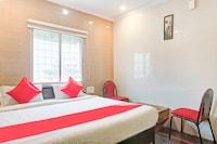 OYO 75668 Hotel Tejasri Residency