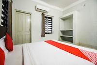 OYO 75693 Pradhan Palace