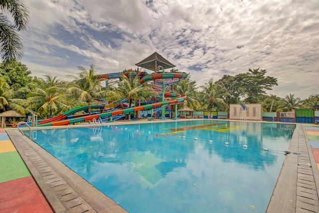 OYO 89997 Hotel Bumi Kedaton Waterpark