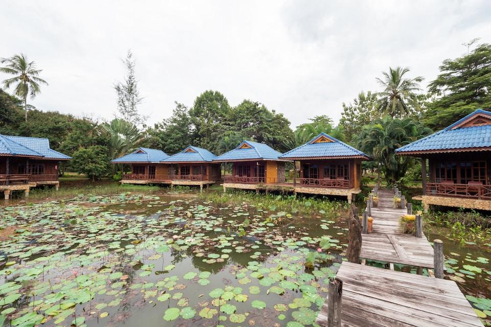 OYO 75336 Blue Resort & Spa