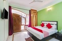 OYO 75765 Ashirwad Residency