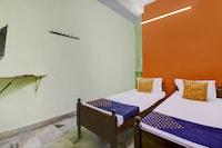 SPOT ON 75785 Hotel Star Inn