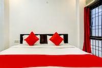 OYO 75812 Royal Hotel