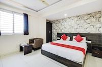 OYO 75827 Rotano Suites