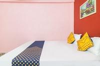 SPOT ON 75835  Maa Ganga's Hotel