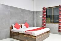 OYO 75890 Prasad Lodge