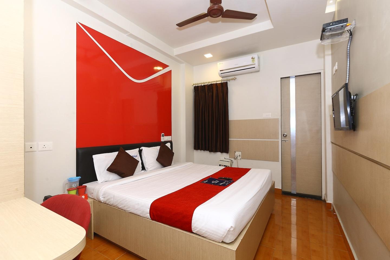 OYO 968 Hotel Poigai Room-1