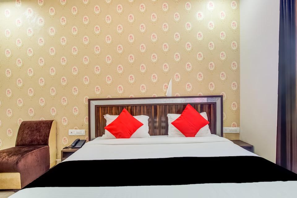 CAPITAL O75949 Hotel Kiaara
