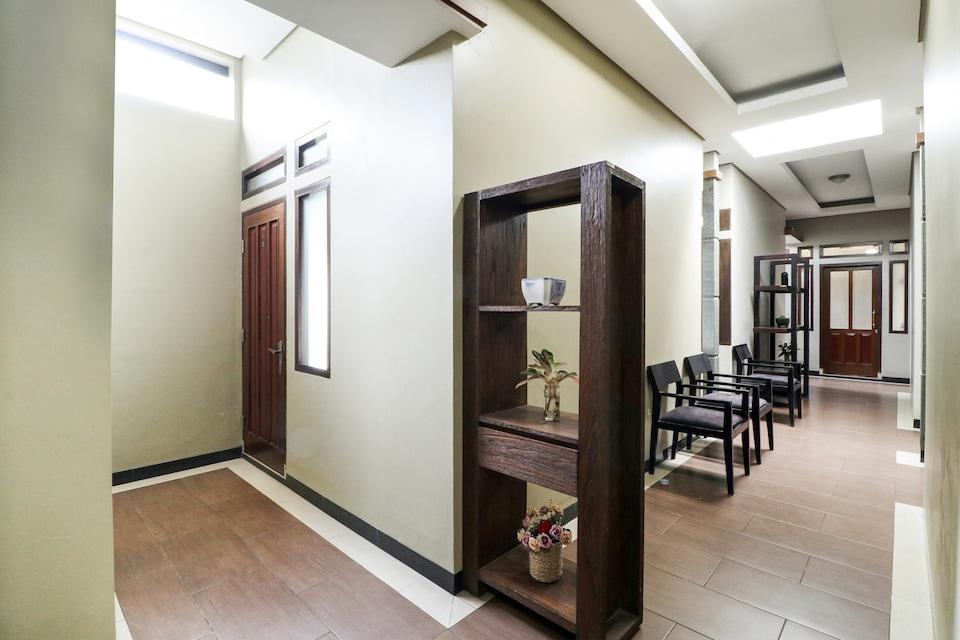 OYO 90026 Guest House Teras Waruga Syariah