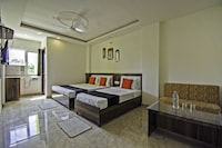 CAPITAL O75964 The Royel Center Hotel