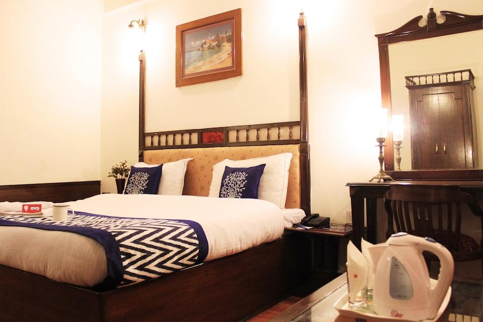 OYO 969 Hotel Khanna Palace