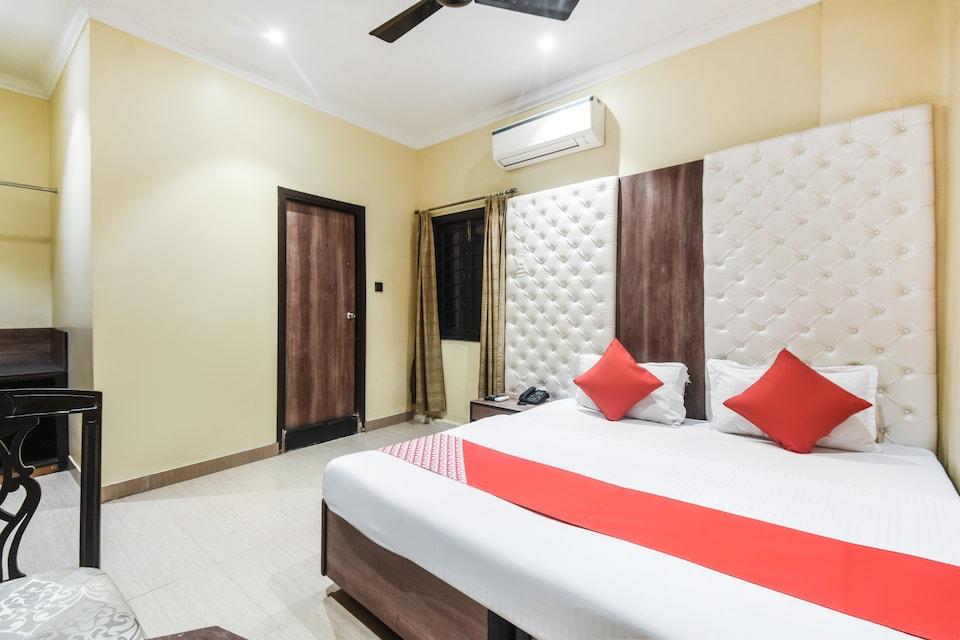 OYO 76071 Hotel Gulshan Inn