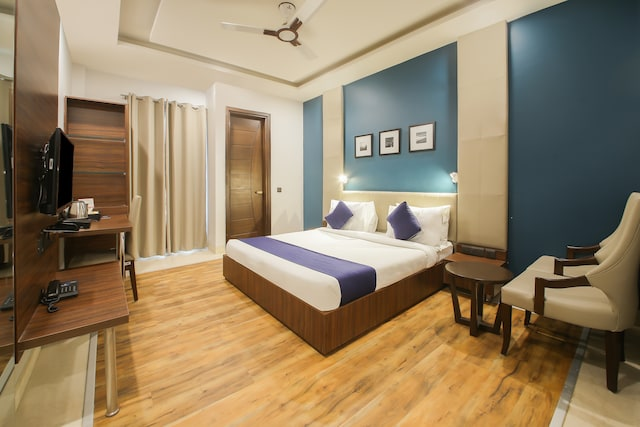 SilverKey Executive Stays 29058 Saket