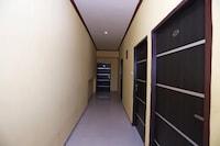 OYO 76116 Hotel Sakinaka Inn