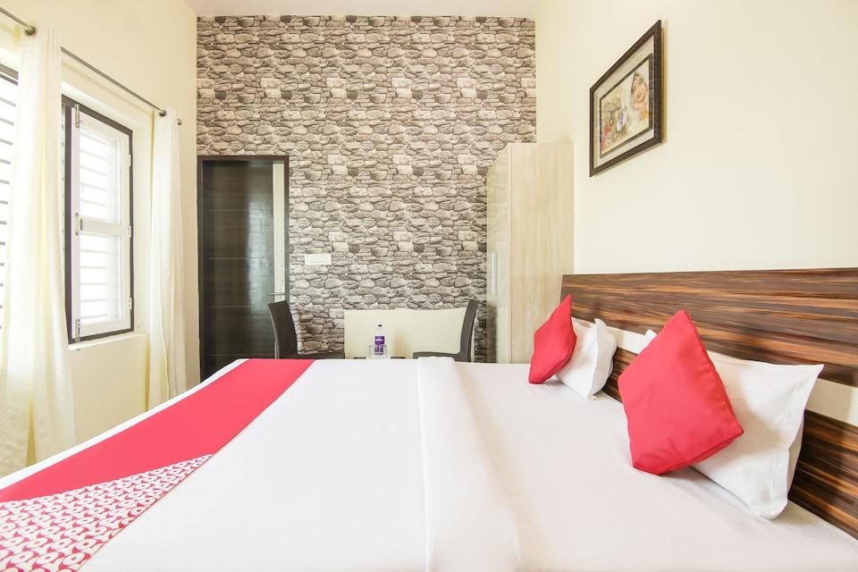 OYO 76134 Hotel Chand Sitara