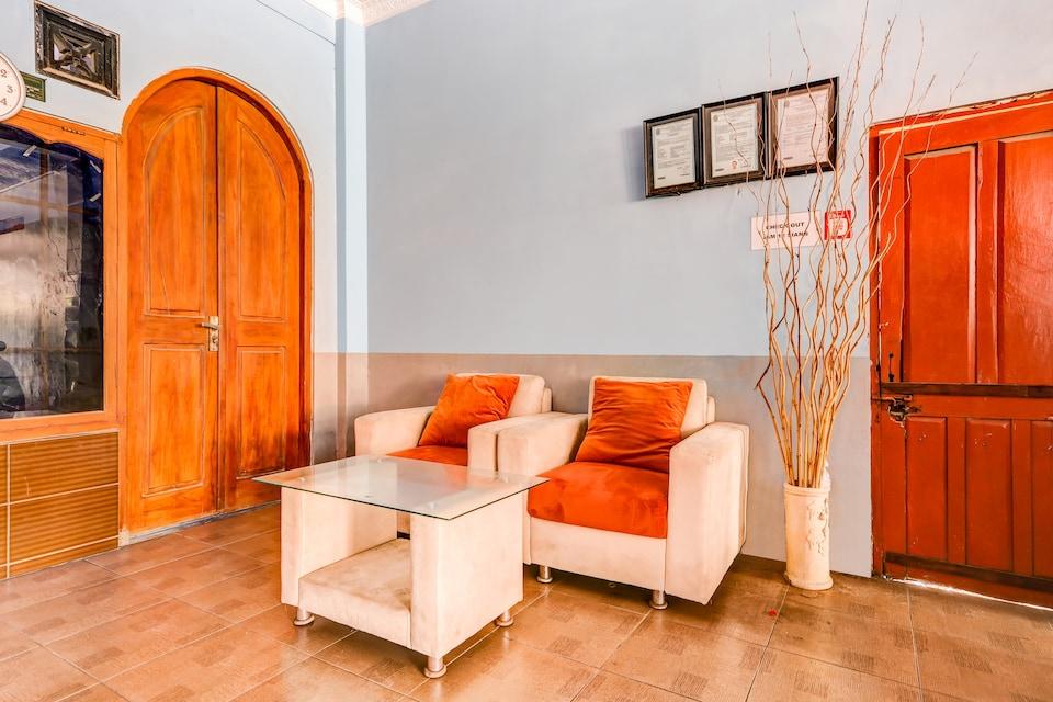OYO 90051 Guest House Parangtritis