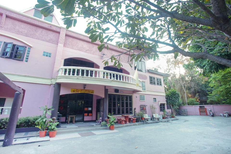 OYO 75357 Thipsiri Home, Wat Ket P1, Chiang Mai