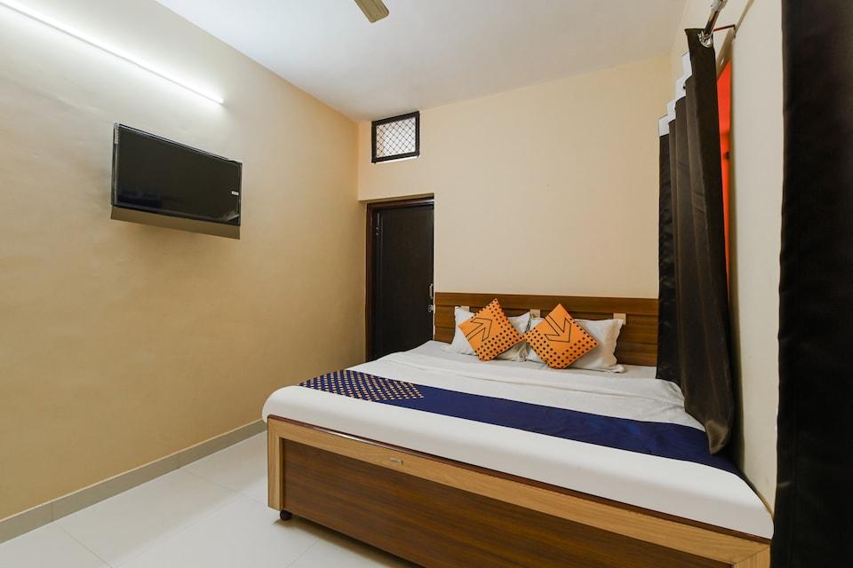 SPOT ON 76159 Siya Hotel