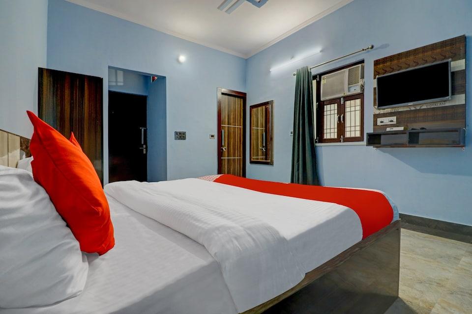OYO ALG058 Kiran Palace