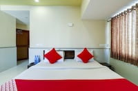 OYO 76205 Hotel New Relax