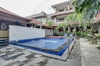 OYO 90055 Sadewa Guest House