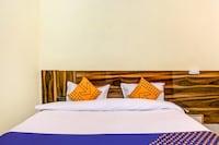 SPOT ON 76250 Star Hotel & Restaurant