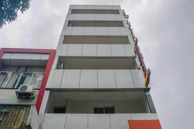 OYO Flagship 76258  Mukesh Residency