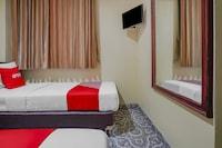 OYO 90064 Hotel Salon Fora & Cafe