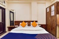 SPOT ON 76315 Hotel Vip Homes