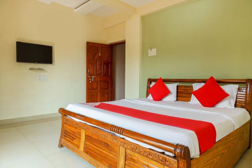 OYO 76316 Hotel Sai Shlok Villa
