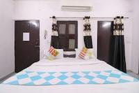 OYO 76382 Home Royal Residency Uttam Nagar