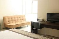 OYO 90075 Feliz Hotel
