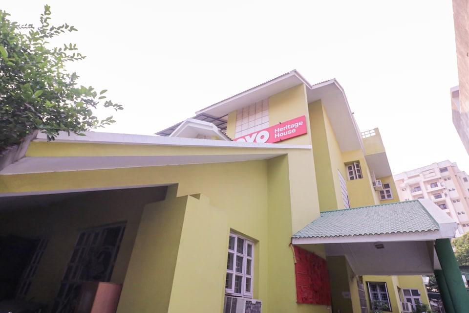 Capital O 76417 Heritage House