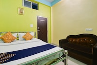 SPOT ON 76424 Maa Durga Lodge