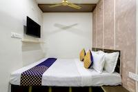 SPOT ON 76425 Hotel Golden Palace