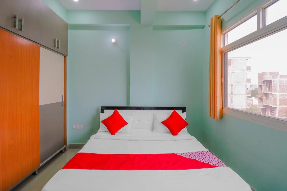 OYO 76456 Hotel Noida Hub 2, Noida City, Noida