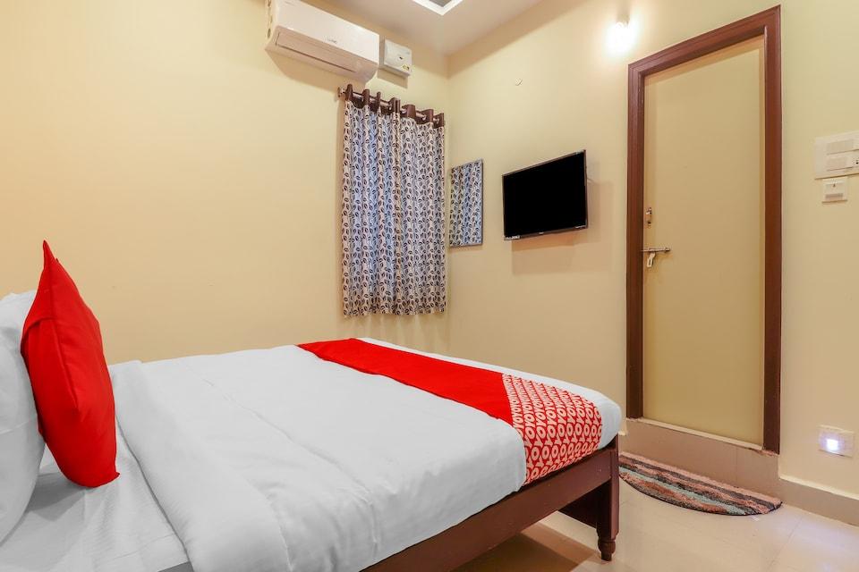 OYO 76457 Hotel Avasya